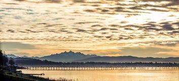 Dramatyczny cloudscape wschód słońca w Pacyficznym północnym zachodzie obraz royalty free