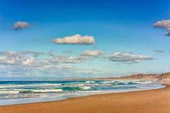 Dramatyczny niebo i kipiel w Monterey zatoce. Kalifornia Zdjęcia Royalty Free
