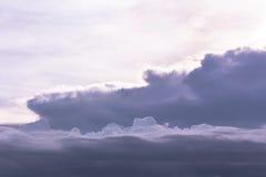 Dramatyczny Popielaty i biały niebo Fotografia Royalty Free