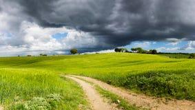 Dramatyczny Tuscany krajobraz, Włochy fotografia royalty free