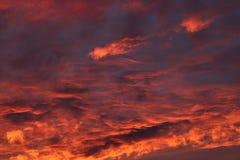 Dramatyczny zmierzch i wschodu słońca niebo Obrazy Royalty Free