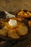 Draniki - crepes de patata Fotos de archivo libres de regalías