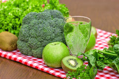 Drank green smoothie Stock Images