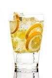 Drank met soda en citroenen Royalty-vrije Stock Fotografie