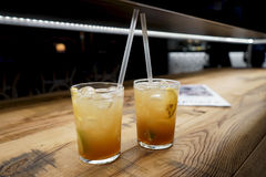Dranken op de bar Stock Fotografie