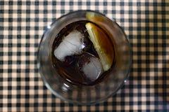 Drankwhit ijs en citroen Stock Foto's