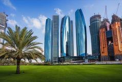 Drapacze chmur w Abu Dhabi, UAE Zdjęcia Royalty Free