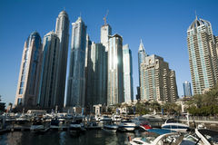 Drapacze chmur, wysocy budynki w Dubaj, UEA zdjęcia stock