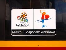 Drapeau 2012 d'euro sur le bus à Varsovie, Pologne Images stock