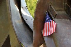 Drapeau américain remplié dans la sculpture en métal, le 11 septembre, Saratoga Springs, New York, 2013 Photos libres de droits