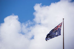 Drapeau australien dans un jour ensoleillé Photo libre de droits