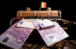 Drapeau belge sur la caisse image stock