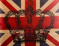 Drapeau britannique sur le coton, couronne d'A au milieu Images stock