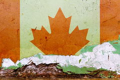 Drapeau canadien peint sur un mur en béton Indicateur du Canada Fond abstrait texturisé Photographie stock libre de droits