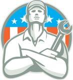 Drapeau d'Arms Crossed Wrench Etats-Unis de mécanicien rétro Photographie stock libre de droits