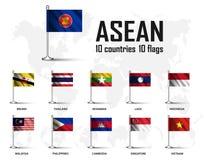 Drapeau d'association d'ASEAN de la nation et de l'adhésion asiatiques du sud-est avec le mât de drapeau sur le fond de carte du  Photographie stock