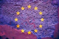 Drapeau d'Union européenne peint sur un mur de briques illustration 3D illustration libre de droits