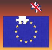 Drapeau d'Union européenne manquant le morceau de puzzle denteux de Royaume-Uni Grande-Bretagne, Brexit, coucher du soleil d'UE Images libres de droits