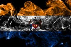 Drapeau de fumée de ville d'Albany, l'état de New-York, Etats-Unis d'Amérique images libres de droits