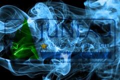 Drapeau de fumée de ville de Juneau, état de l'Alaska, Etats-Unis d'Amérique images libres de droits