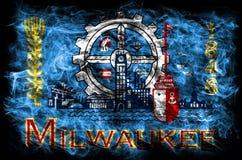 Drapeau de fumée de ville de Milwaukee, état du Wisconsin, Etats-Unis d'Ame Photographie stock libre de droits