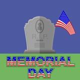 Drapeau de l'Amérique volant au-dessus de la pierre tombale Image stock