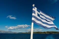 Drapeau de la Grèce avec la mer Image stock