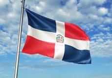 Drapeau de la République Dominicaine ondulant avec le ciel sur l'illustration 3d réaliste de fond illustration libre de droits