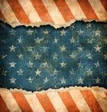 Drapeau de papier des Etats-Unis déchiré par grunge illustration stock