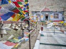 Drapeau de prière sur la plus haute route Images libres de droits