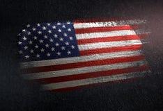 Drapeau des Etats-Unis d'Amérique fait de peinture métallique de brosse sur le GR photographie stock libre de droits
