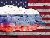 Drapeau des Etats-Unis et du drapeau russe photographie stock