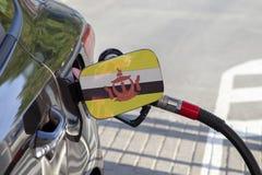 Drapeau du Brunei sur l'aileron de remplisseur de carburant du ` s de voiture photos stock