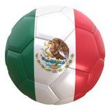Drapeau du Mexique sur une boule du football Image stock