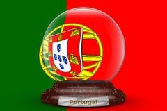 Drapeau du Portugal sur le globe de neige photographie stock libre de droits