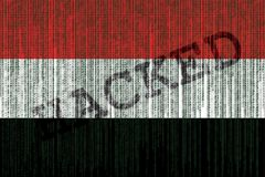 Drapeau du Yémen entaillé par données Drapeau du Yémen avec le code binaire Photographie stock libre de droits