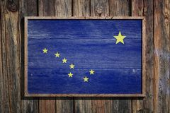 Drapeau en bois de l'Alaska Photos libres de droits