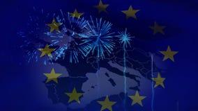 Drapeau européen avec la carte européenne là-dessus banque de vidéos