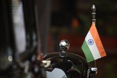 Drapeau indien sur la voiture Image libre de droits