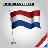 Drapeau national de drapeau NÉERLANDAIS des PAYS-BAS sur un poteau illustration de vecteur