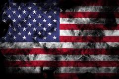 Drapeau national des Etats-Unis de la fumée colorée épaisse images stock