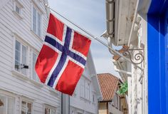Drapeau norvégien célébrant le jour de constitution en Norvège images stock