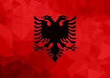 Drapeau polygonal de l'Albanie Fond moderne de mosaïque Dessin géométrique illustration stock