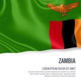 Drapeau soyeux de la Zambie ondulant sur un fond blanc d'isolement avec le secteur blanc des textes pour votre message d'annonce Photo stock