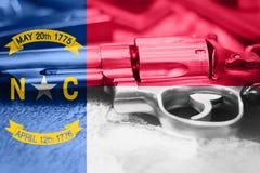 Drapeau U de la Caroline du Nord S contrôle des armes d'état Etats-Unis Les Etats-Unis images stock
