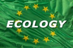 Drapeau vert d'Union européenne comme marque de bio nourriture organique ou d'écologie images stock