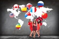 Drapeaux de différents pays sur la carte blanche Images libres de droits