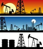 Drapeaux de silhouette de raffinerie de pétrole Image stock