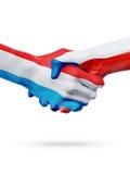 Drapeaux Luxembourg, pays de République Tchèque, concept de poignée de main d'amitié d'association Photographie stock libre de droits
