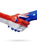 Drapeaux Monaco, pays d'Australie, concept de poignée de main d'amitié d'association Photos libres de droits
